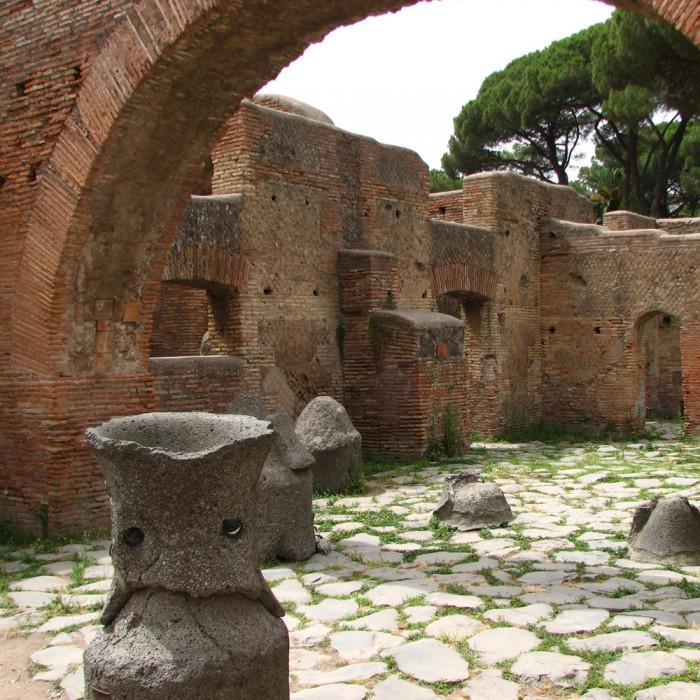 Una citta' romana: Ostia antica